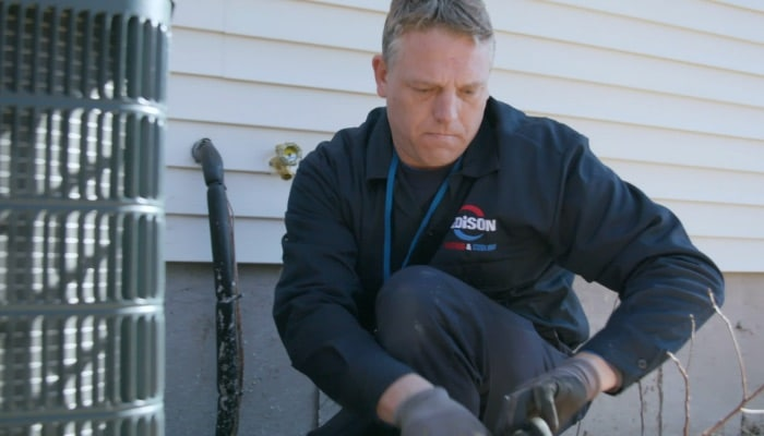 Edison Heating And Cooling Air Conditioner Reapir Technician